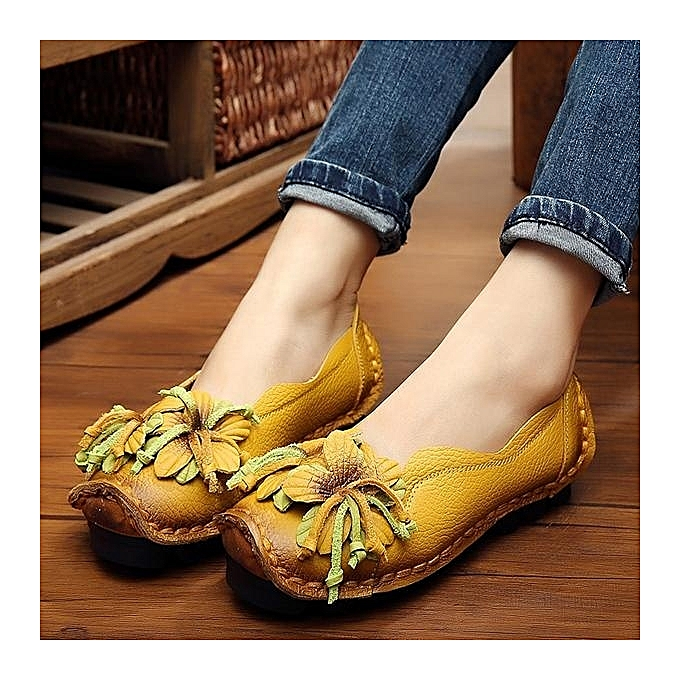 f81afdc20e7 SOCOFY Fashion Genuine Leather Handmade Flower Loafers Soft Flat Boat  Casual Shoes Women