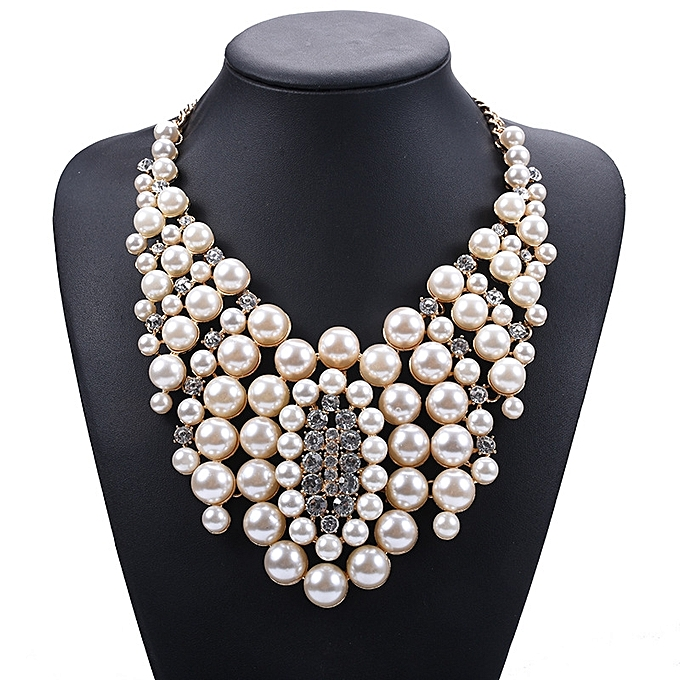Is hot the Europe and America selling decoration to revive old customs  short style of vogue pearl of pearl necklace to inset to drill a necklace