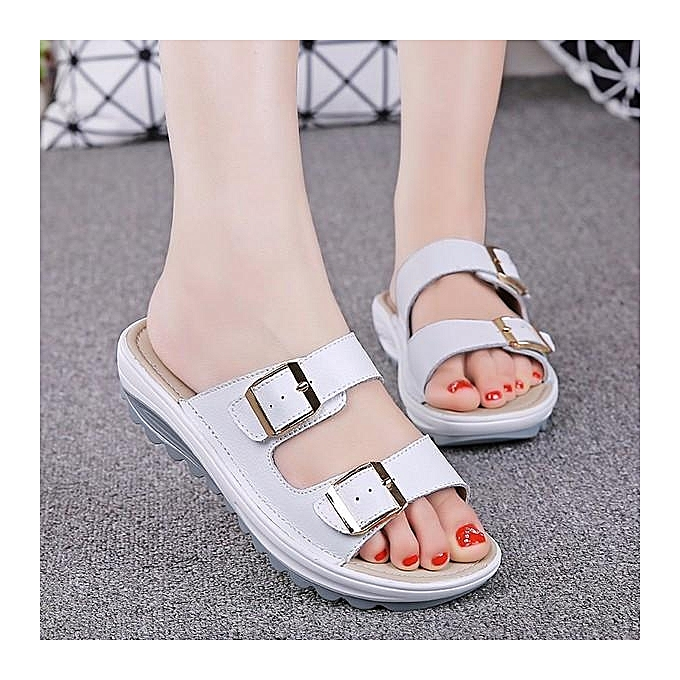 2b5bfcb17fcd SOCOFY Fashion Women Big Size Soft Leather Buckle Peep Toe Slippers Slip On  Beach Platform Sandals