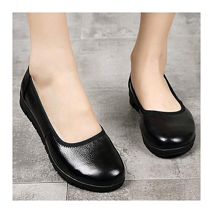 ac8334fbb16 SOCOFY Fashion Women Casual Pure Black Slip On Leather Soft Flat Shoes  Loafers ...