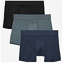A pack of 3 cotton fitting boxers( grey,blue,black)
