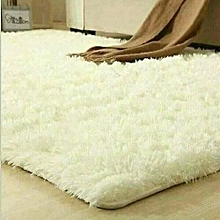 Fluffy Carpet - Off White