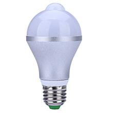 Lightme E27 5W 500LM Human Body Induction LED Bulb Lamp Motion Control PIR Sensor Light WARM WHITE LIGHT