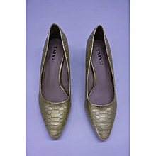 Army Green Ladies Pointed Cobra Skin Court Shoes