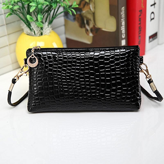 8381c9c20f67 duanxinyv Women Crocodile Leather Messenger Crossbody Clutch Shoulder  Handbag BK Made In China