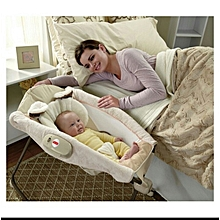 Deluxe Rock 'n Play Sleeper-Baby cot with Vibrations