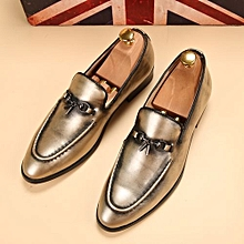 Retro Slip On Formal Shoes Men Genuine Leather Moccasin Casual Shoes (Gold)