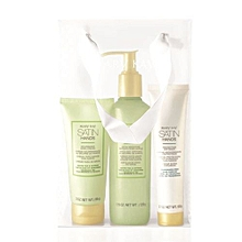 Satin Hand Pampering Set             (Expiry 1 year after opening)