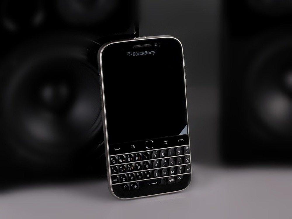 Blackberry Q20 Inch 16GB ROM 2GB RAM 4G LTE 8MP Dual Core WIFI  Refurbished phone black 1