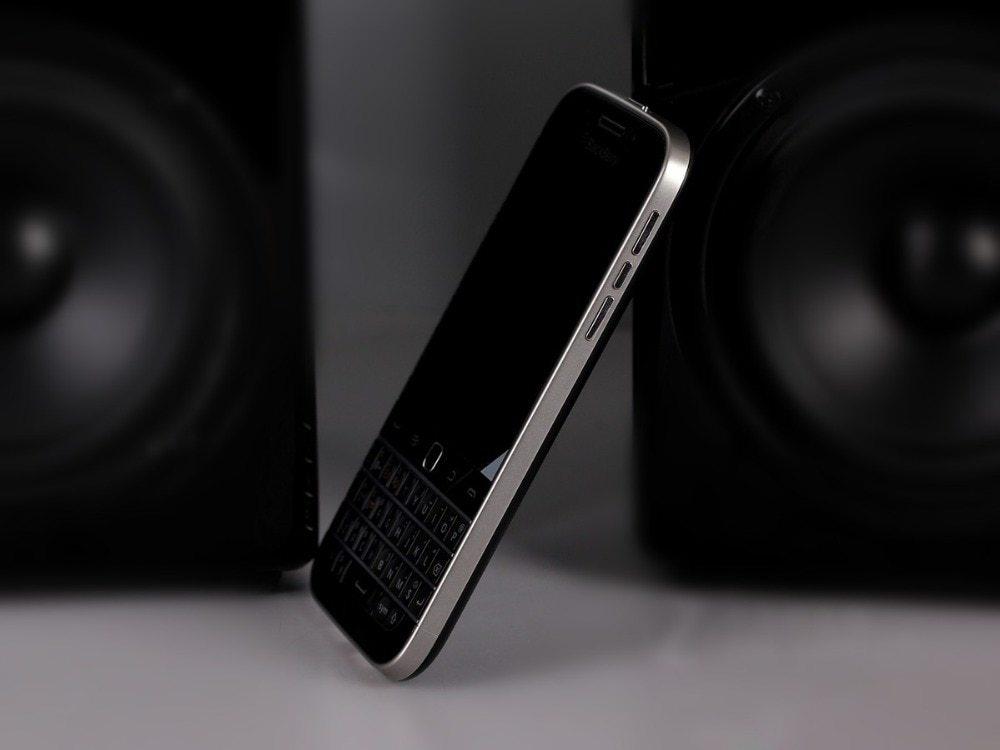 Blackberry Q20 Inch 16GB ROM 2GB RAM 4G LTE 8MP Dual Core WIFI  Refurbished phone black 5