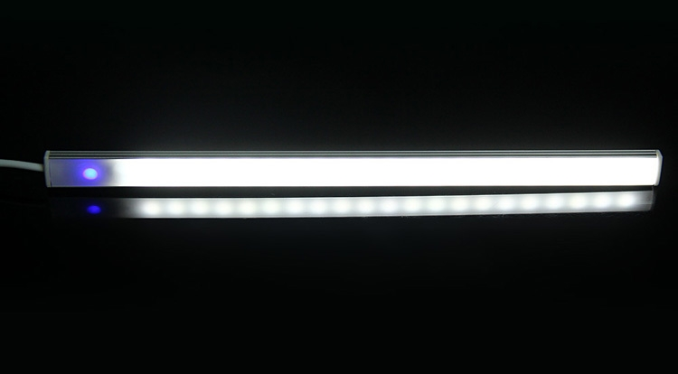 L0602 Adjustable Brightness 21 LEDs Touch Light 3W 3A Bar Lamp with EU Plug Adapter
