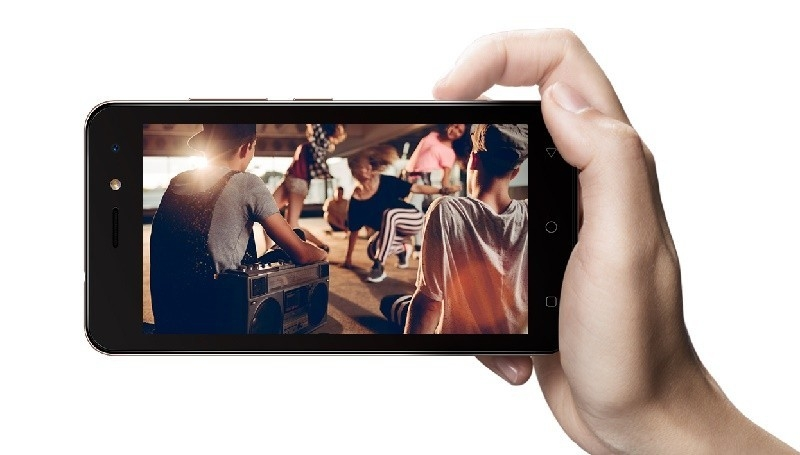 iTel a33 Camera performance