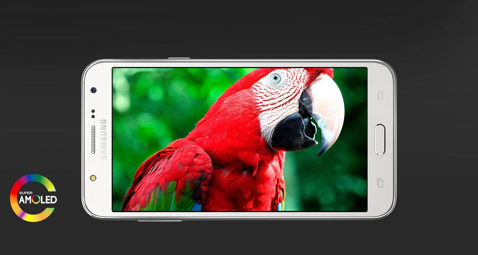 Samsung Galaxy J7 – Super AMOLED Display