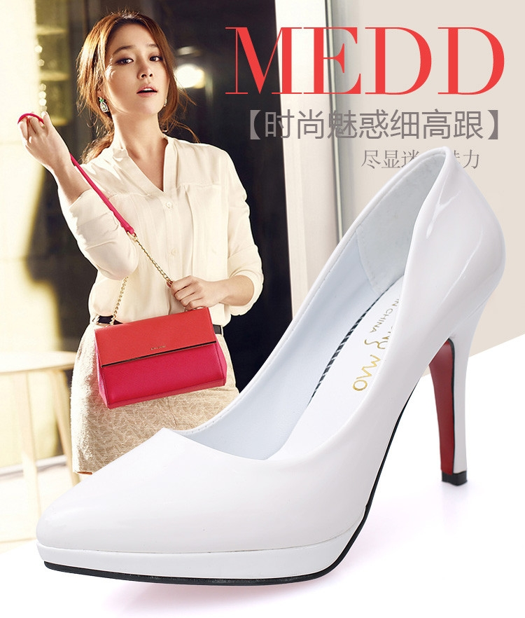 590f53fe277 Upper Material  PU Leather. Lining  Microfiber. Color  White Red Black  Beige Pink Silver . Size  34-39.