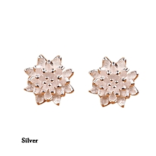 Fashion Exquisite Design Earings For Women Jewelry Romantic Lotus Flower Stud Earrings