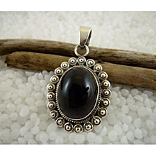 Black Onyx Semi Precious Gemstone in 925'Sterling Silver Pendant