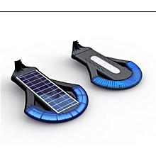 Solar Courtyard/Landscape Light - 400 Lumens
