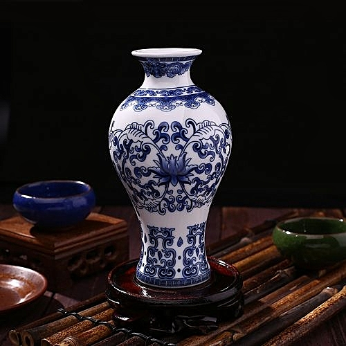 Buy Generic Antique Traditional Chinese Blue And White Porcelain