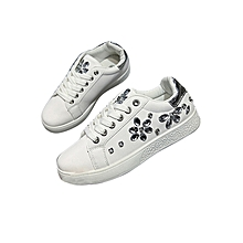 Ladies travel Sneakers Lace Up  Stylish Classic Durable Lacing Sneakers white