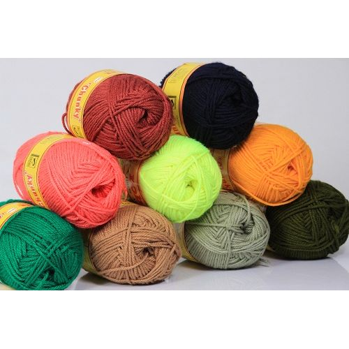 5 Chunky Acrylic Knitting And Crocheting Yarn