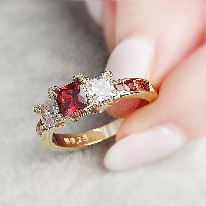 Which Hand Wedding Ring Female.Hand Decoration Ring Female Luxurious Square Zircon
