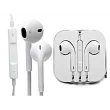 Latest Quality Earphones  Phone and mp3 Ear pods by apple