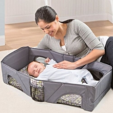 Infant Outdoor Travel Folding Bed .