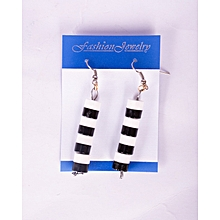 Zebra colour cylindrical 4 storied earring strand